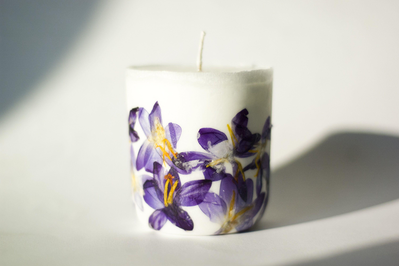 Crocus candle botanical candle hurricane candle vegan