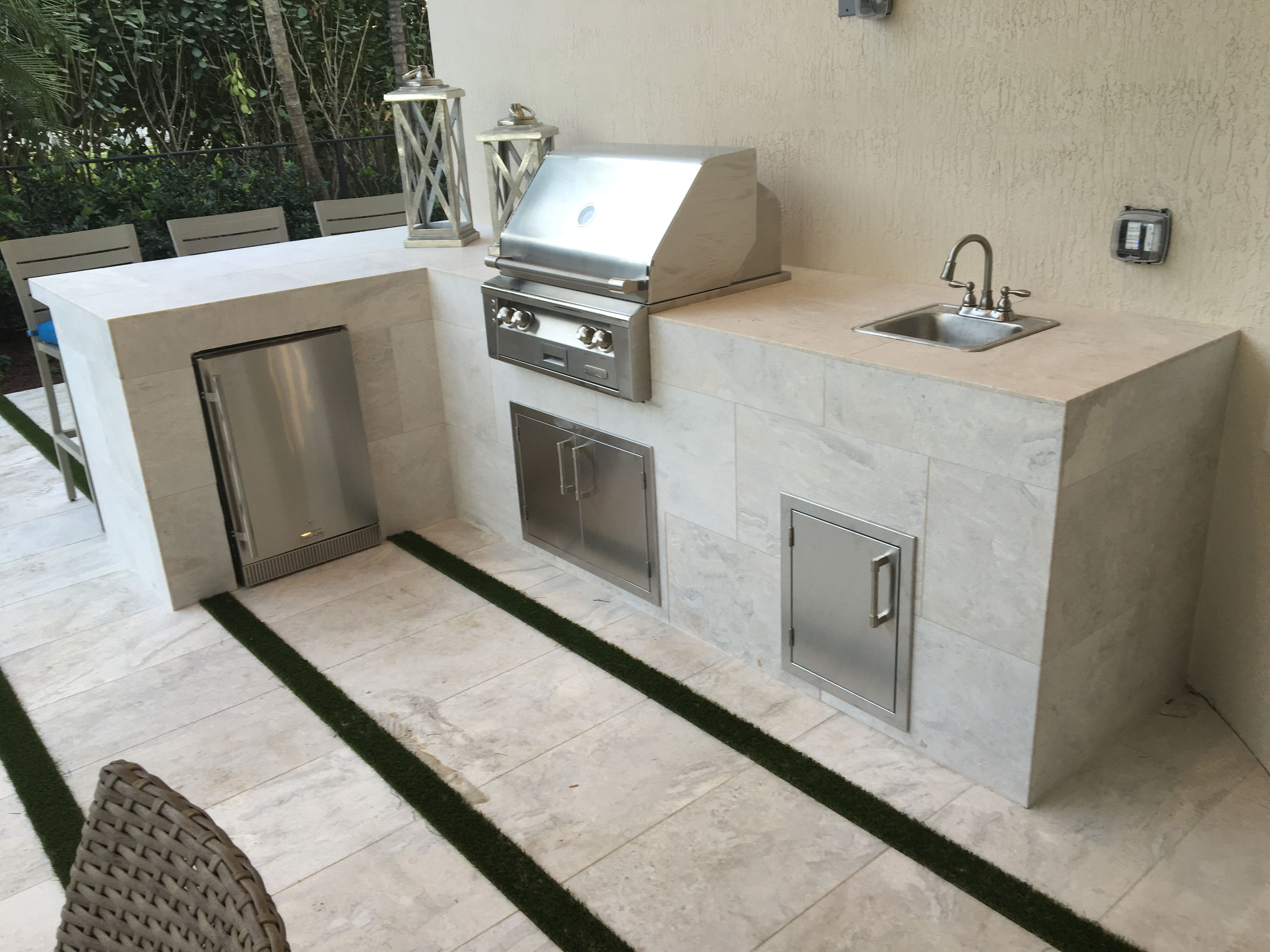 Just Finished Custom Island With Alfresco Alxe 30 Grill Sink And Refrigerator For Toll Brothers Outdoor Kitchen Design Small Outdoor Kitchens Outdoor Kitchen