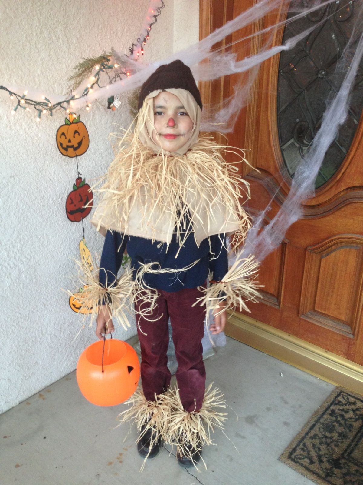 DIY Scarecrow costume!! Wizard of OZ!! | The wizard of Ed ...