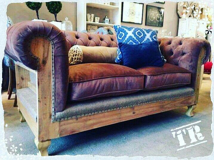Mobiliario de alta calidad, exclusivos, informales y de estilo...encontralo todo en #teofiloruizmuebles VENTA DIRECTA EN FABRICA Pago Efectivo y hasta 12 cuotas !!!  ✅Única dirección: Luzuriaga 983, Tablada👇 Tel: 2056 5783 (Coordinar visita previamente) info@teofiloruiz.com.ar 🚚 Envíos a todo el país  #DISEÑO #deco #madera #mesa #silla #tapizado #muebles #juegodecomedor #dormitorio #FABRICA #mesasdeluz #cajonera #comoda