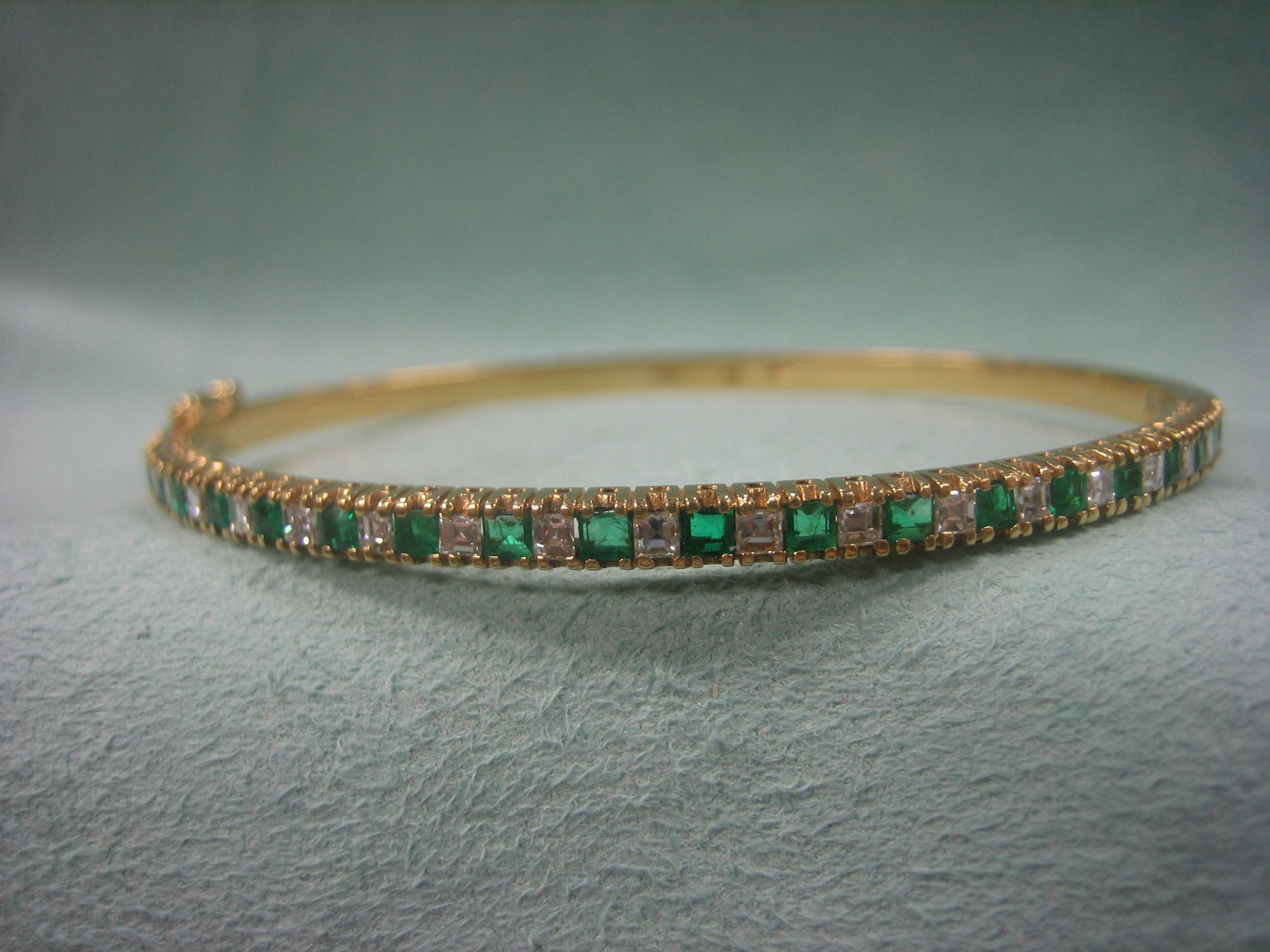 18k gold bracelet 0.50ct Emeralds and 0.50ct Diamonds extra fine