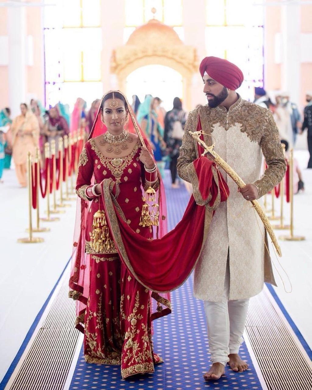 Elegant Traditional Bride And Groom Complete Punjabi Wedding Wear B1949 Large In 2020 Indian Bridal Wear Bridal Suits Punjabi Indian Wedding Outfits
