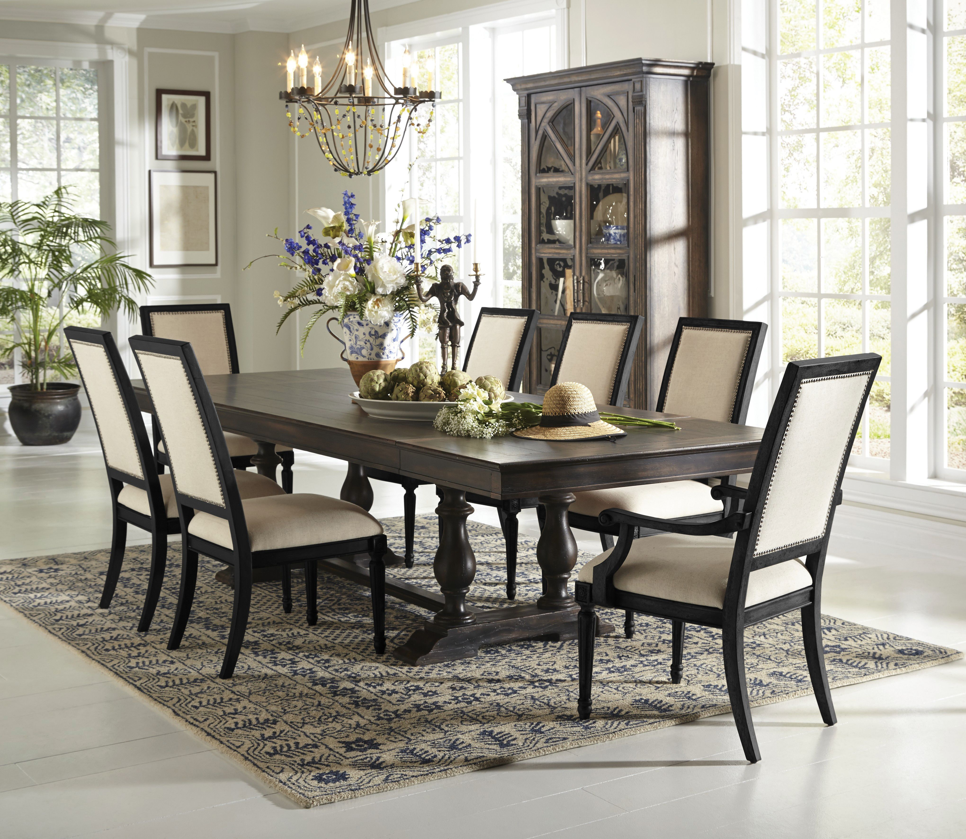 Fine Dining Accent Dining Room Set From Accentrics Home By Pulaski Furniture Dining Room Sets Dining Room Furniture Dining Table