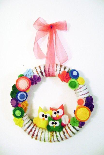 Super cute owl wreath