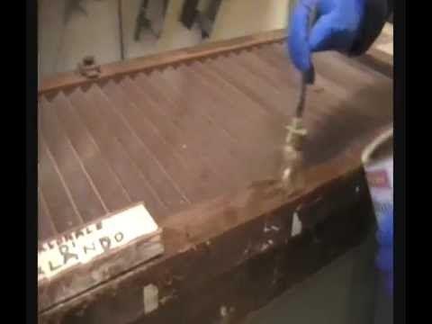 Tutorial sul restauro come sverniciare i mobili in legno restauro pinterest mobili - Restauro mobili impiallacciati ...