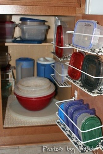 five tips for keeping plastic containers organized the maids tupperware storage tupperware on kitchen organization tupperware id=52570