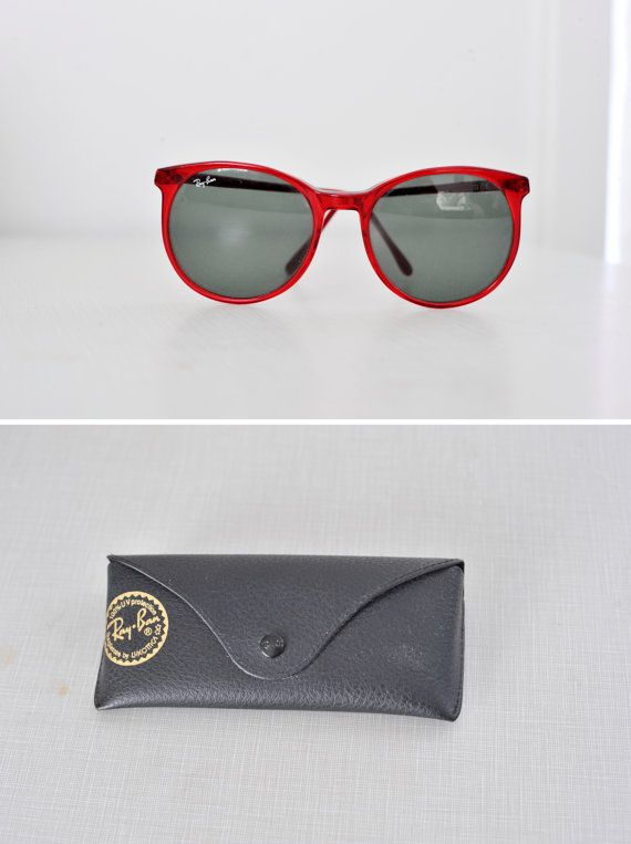 874666e45d9bc Vintage Ray-Ban Sunglasses Style C   RED   With Vintage Ray-Ban Carrying  Case on Etsy