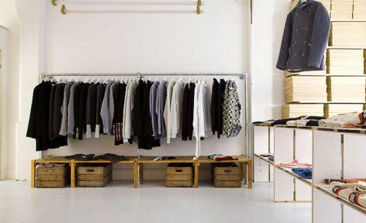 9d2f4eb207 simple clothing store interior ideas