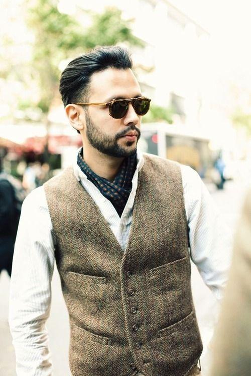 Tweed waistcoat   Stylish mens fashion, Mens cravats, Cravat tie