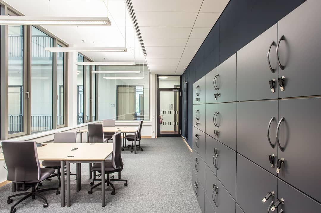 Das Pvz Zentrum Fur Pharmaverfahrenstechnik Der Tu Braunschweig Hat Von Uns Eine Neue Inneneinrichtung Bekommen Teil 3 Krumpholz K Home Decor Decor Home