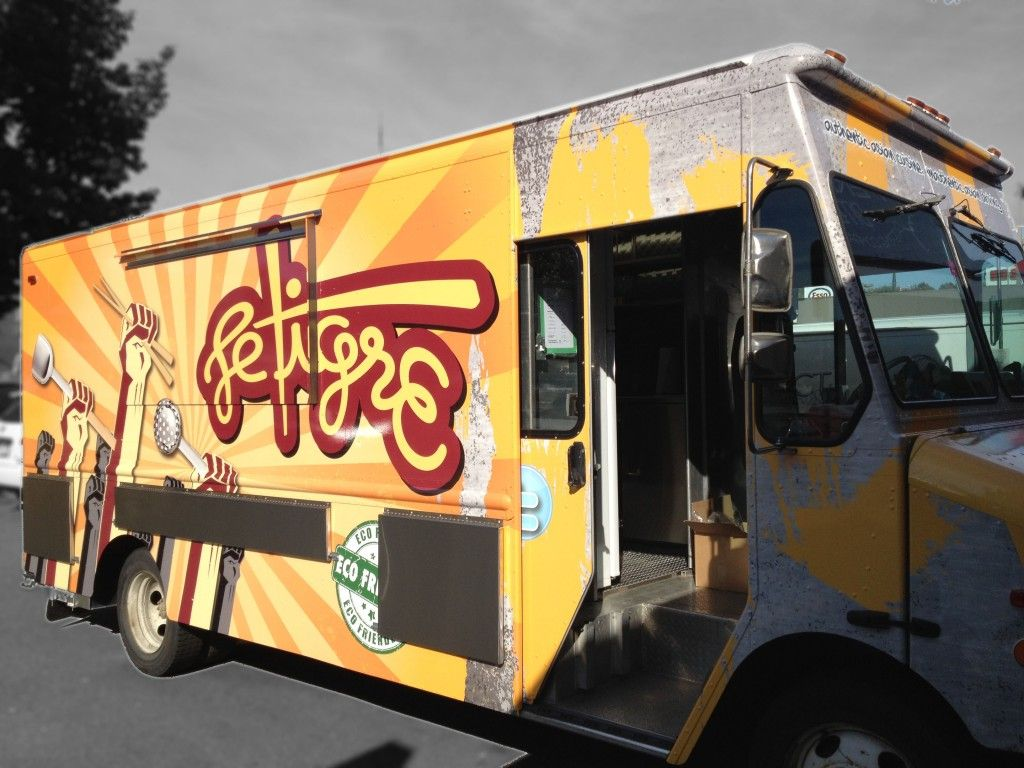 Le Tigre Food Truck In Vancouver Chinese Street Food Food Truck Modern Asian