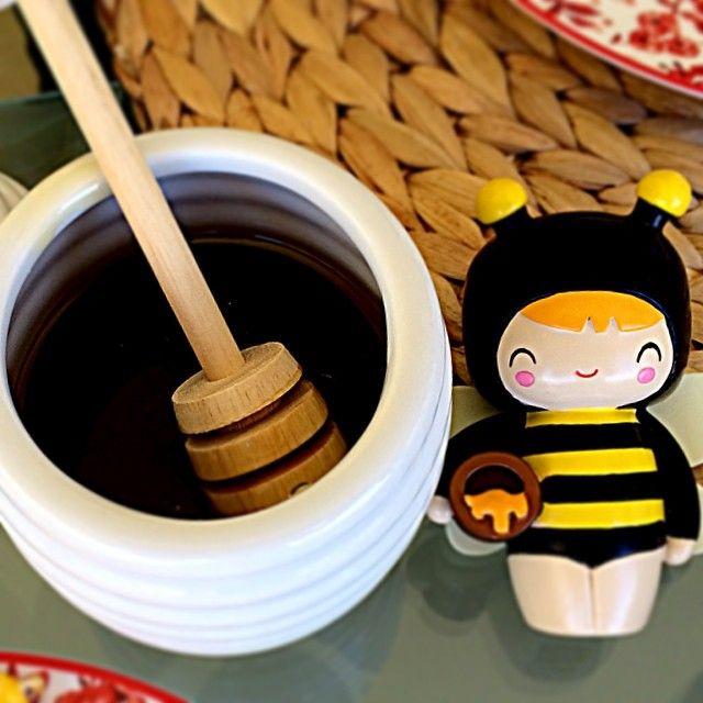 Breakfast! www.lovemomiji.com #momiji #momijidolls #honey #queenie #messagedolls