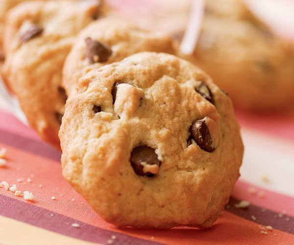 cannoli chocolate chip cookies - made with ricotta and orange zest for a perfectly tender cookie