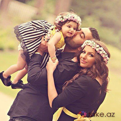 ɞ Family Love ɞ 2 Family Photoshoot Couple Photos Mom Kid