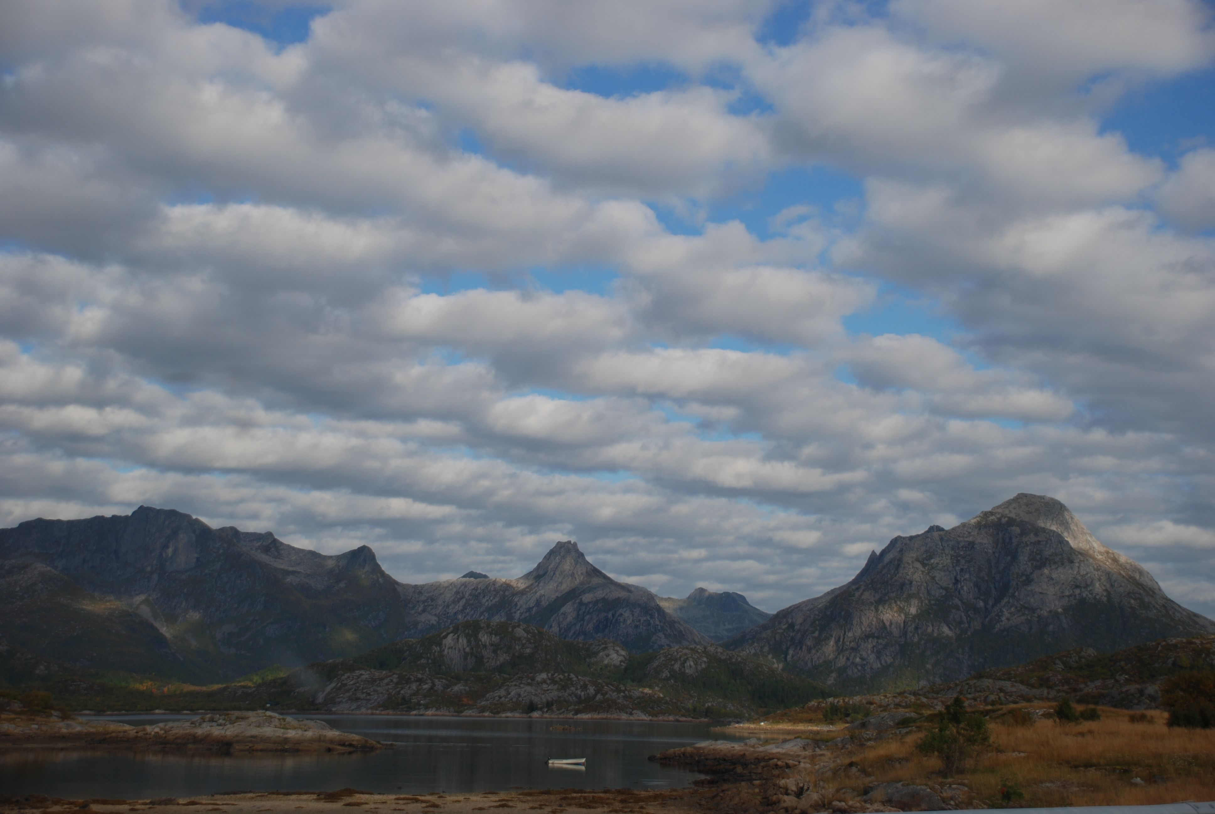 Paesaggio solitario, isole Lofoten (Norvegia)