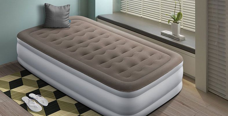 How To Make Your Blow Up Bed More Comfortable Our Top 7 Tips Blow Up Beds How To Make Bed Air Mattress