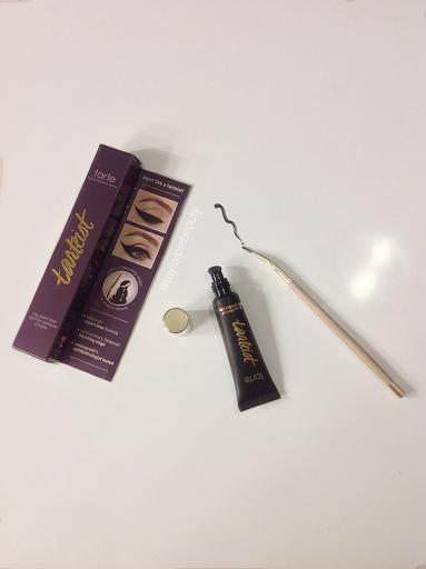 Taylor Pie Beauty Review & SwatchesTarte Tartiest Clay