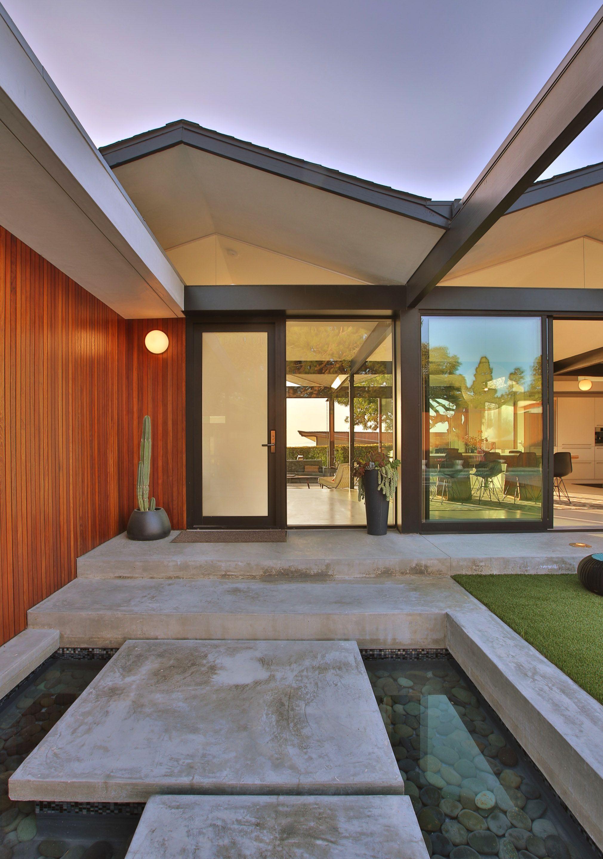Luxury Modern Home Front Door Entry Luxury Modern Homes Luxury