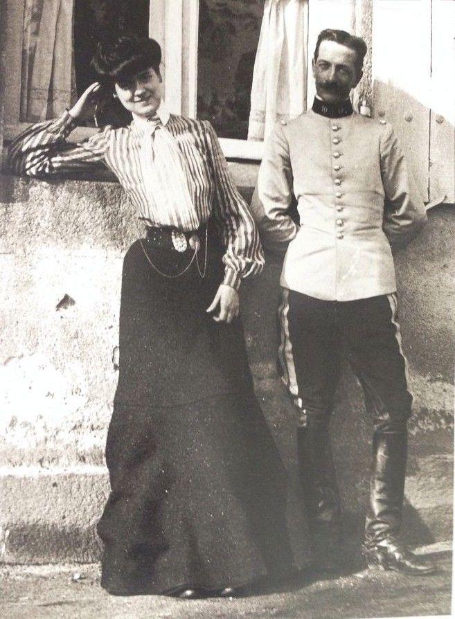 Coco Chanel à Moulins , 1903 .