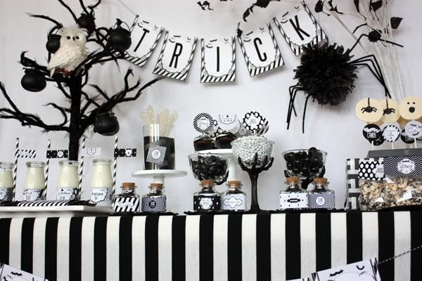Pin by Sarah Sobevski on Table styling Pinterest Halloween