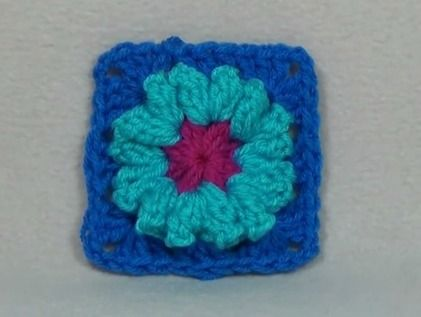 Popcorn Flower Granny Square - free crochet pattern and video by ...