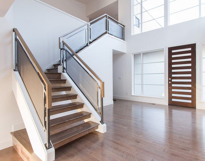 Escaleras barandas modernas stairs pinterest for Escaleras metalicas para interiores de casas