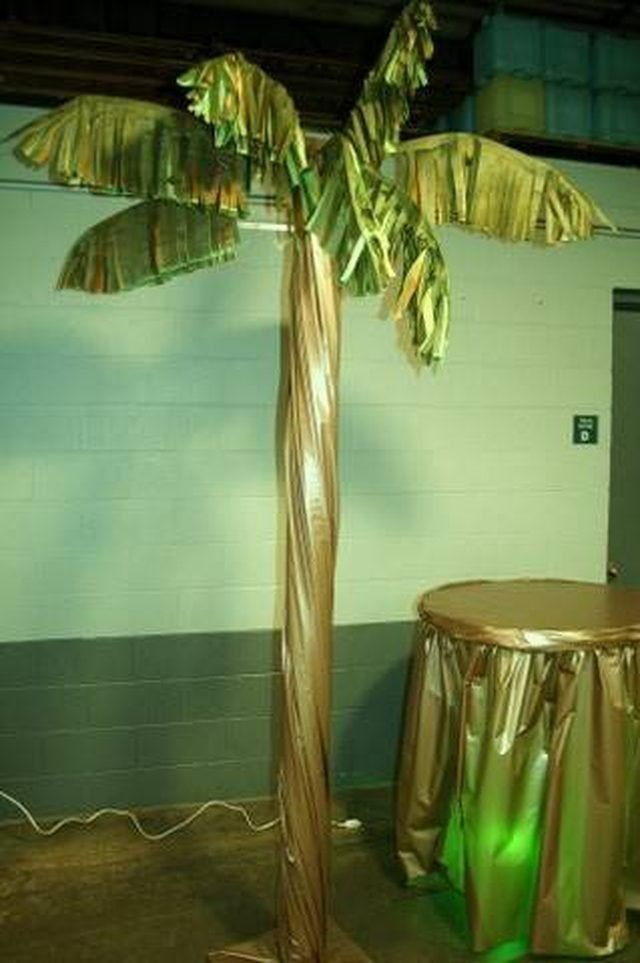 How to Make a Palm Tree Out of PVC Pipe   VB float   Palm