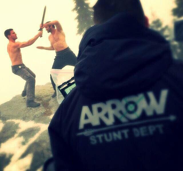 Arrow 3x09 The Climb - behind the scene