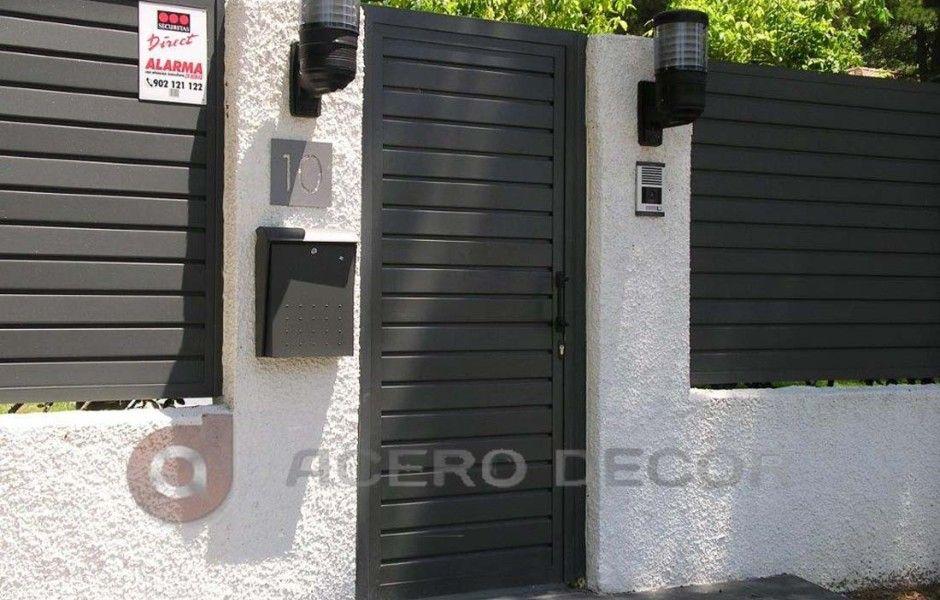 Puertas hierro exterior finest diseo forjado forjado for Puertas para patio exterior