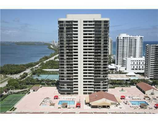 Absolutly gorgeous Singer Island condo featuring 2 beds 4 baths and around 2,000 square feet of living area.