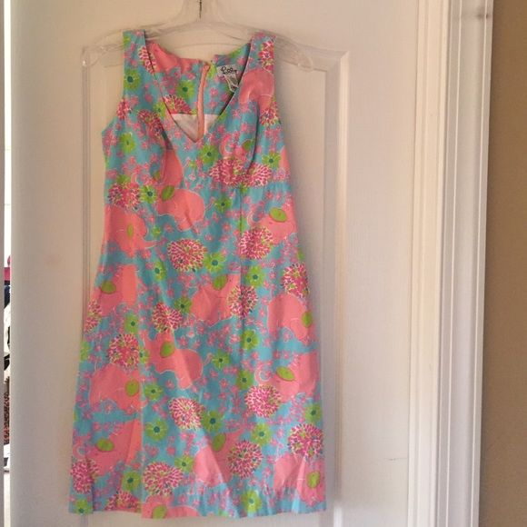"""Lilly Pulitzer elephant """"Elefrance"""" print dress 4 Worn only a handful of times. Excellent condition! Lilly Pulitzer Dresses"""