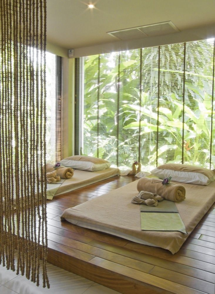 Admirable Une salle de massage avec une vue sur la nature // blog XT-89