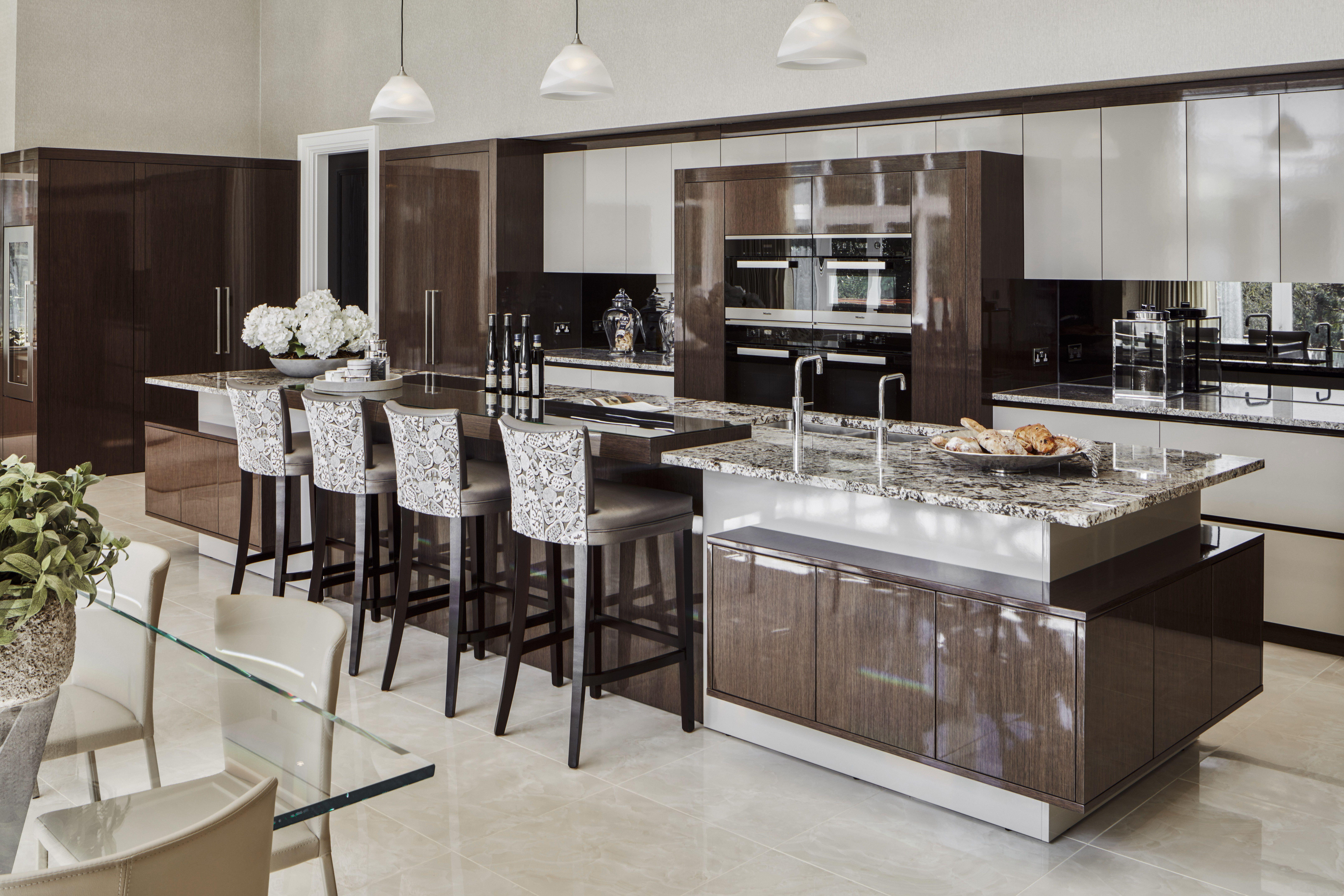 EXTREME High Gloss Luxury Kitchen Design. Lakberendezés