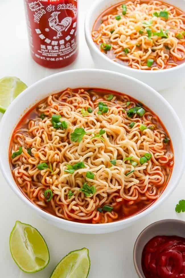 20-Minute Spicy Sriracha Ramen Noodle Soup #ramen #ramennoodles #ramenrecipes #thaisoup