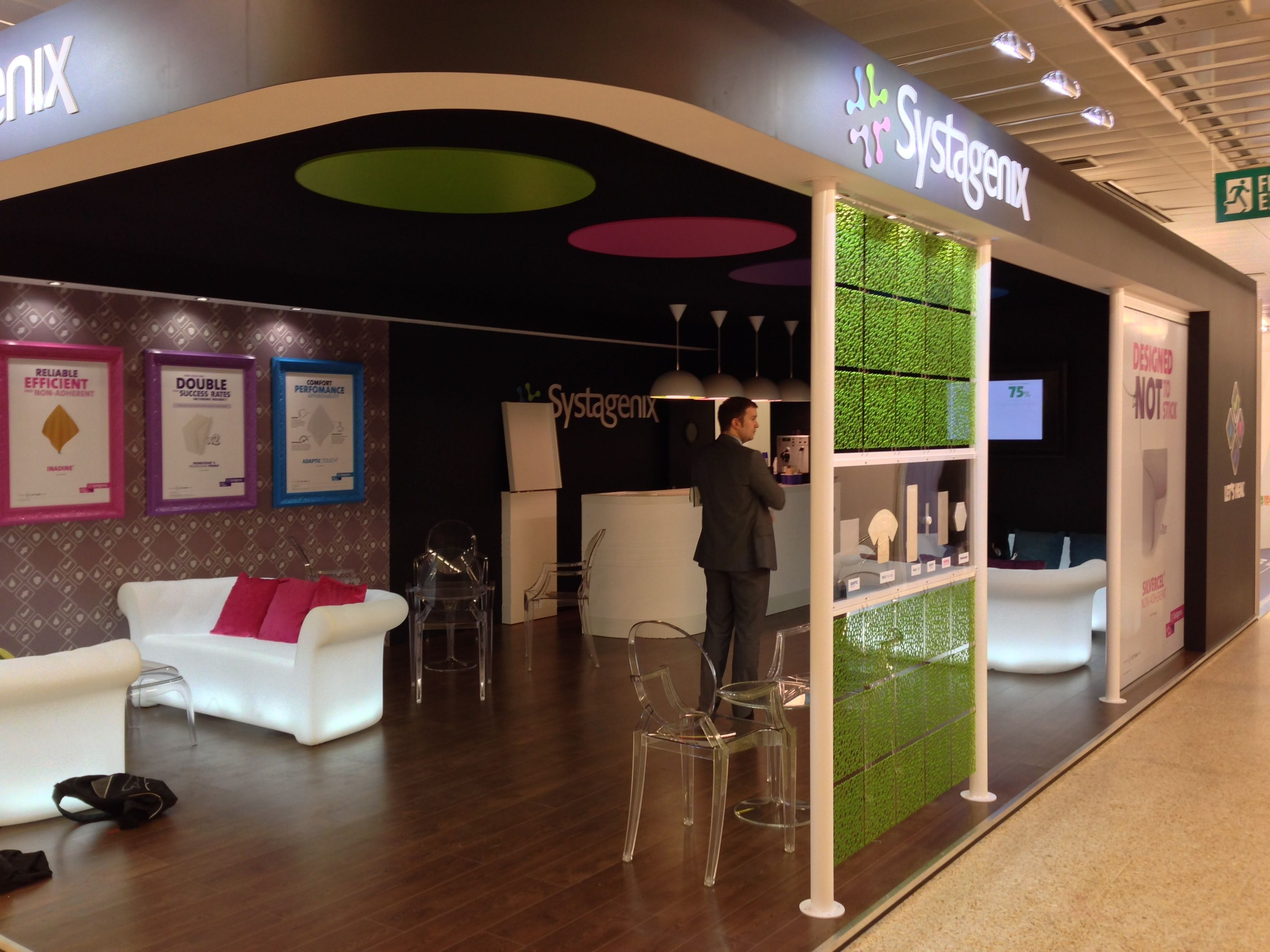 Envisage Exhibition Stand Design And Build Uk : Pin by envisage brand experiences on exhibition stands creating a