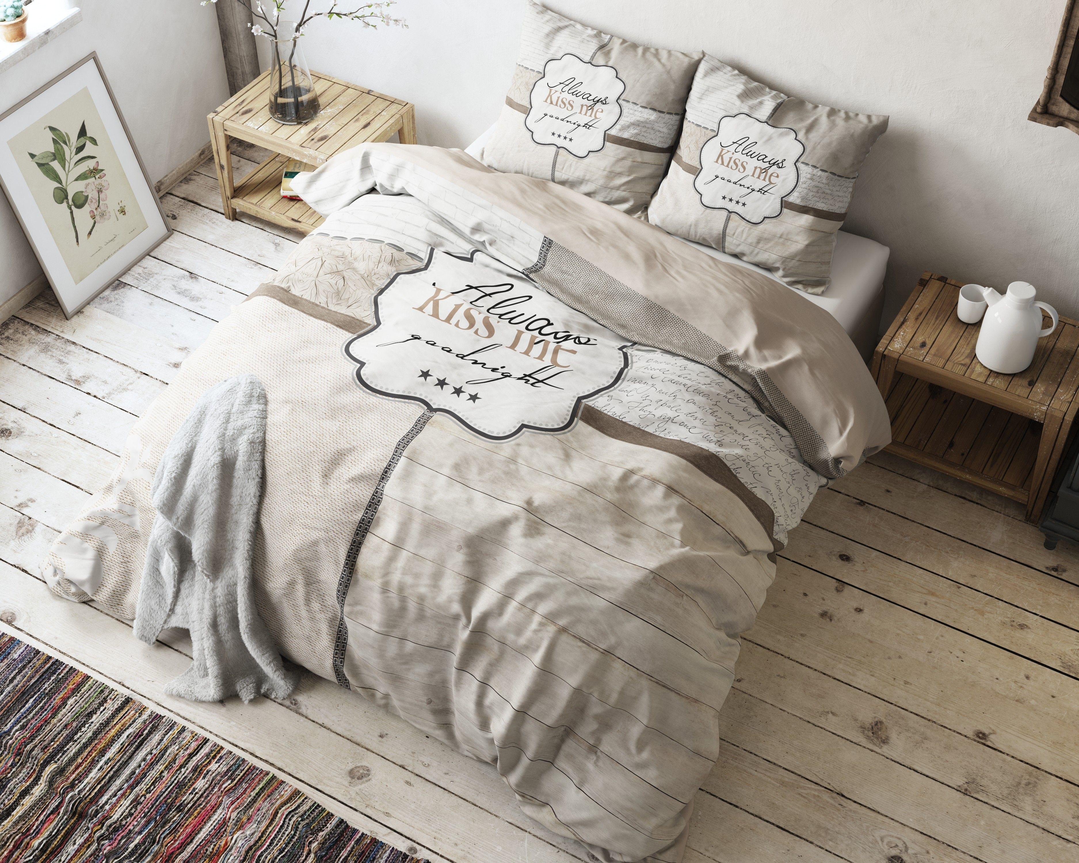 Het Sleeptime Kiss Me-dekbedovertrek is ideaal voor koppels. Het ...