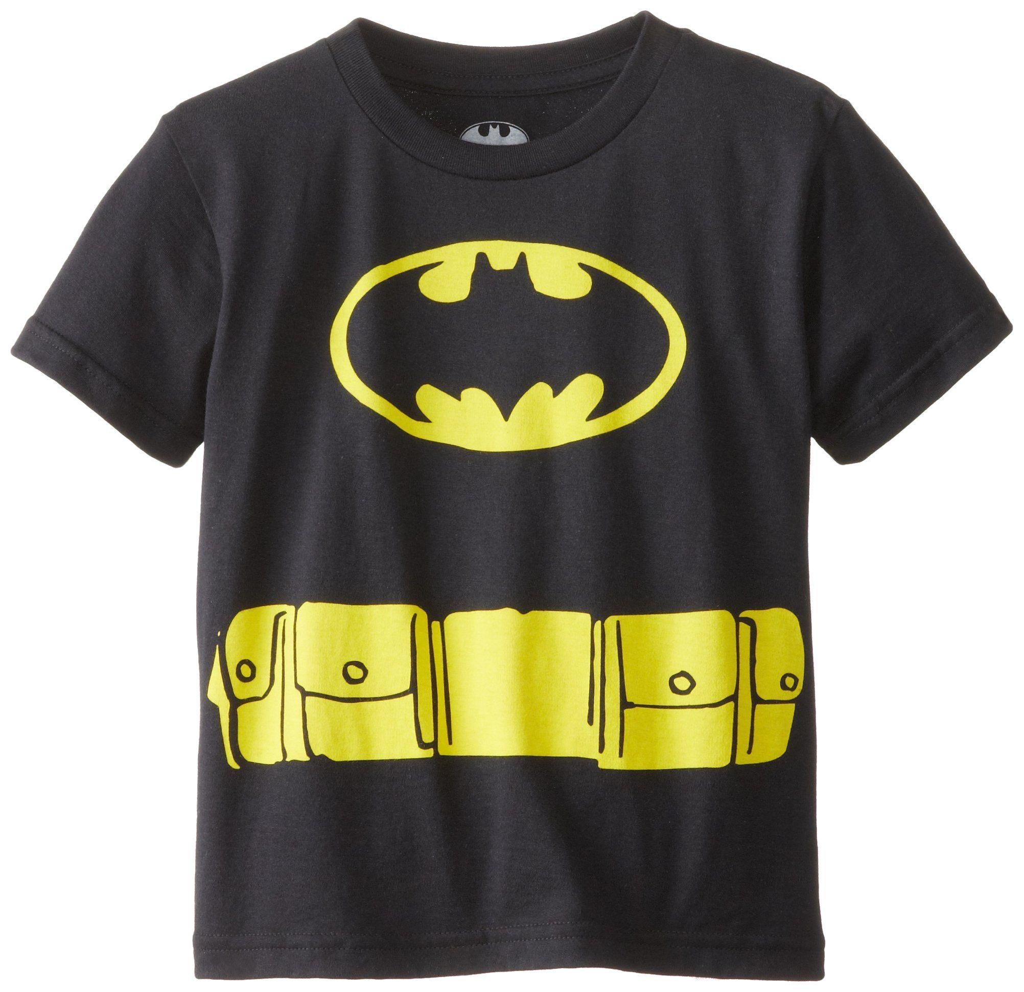 Youth Black DC Comics Super Hero Batman Logo T-Shirt Tee with Attachable Cape