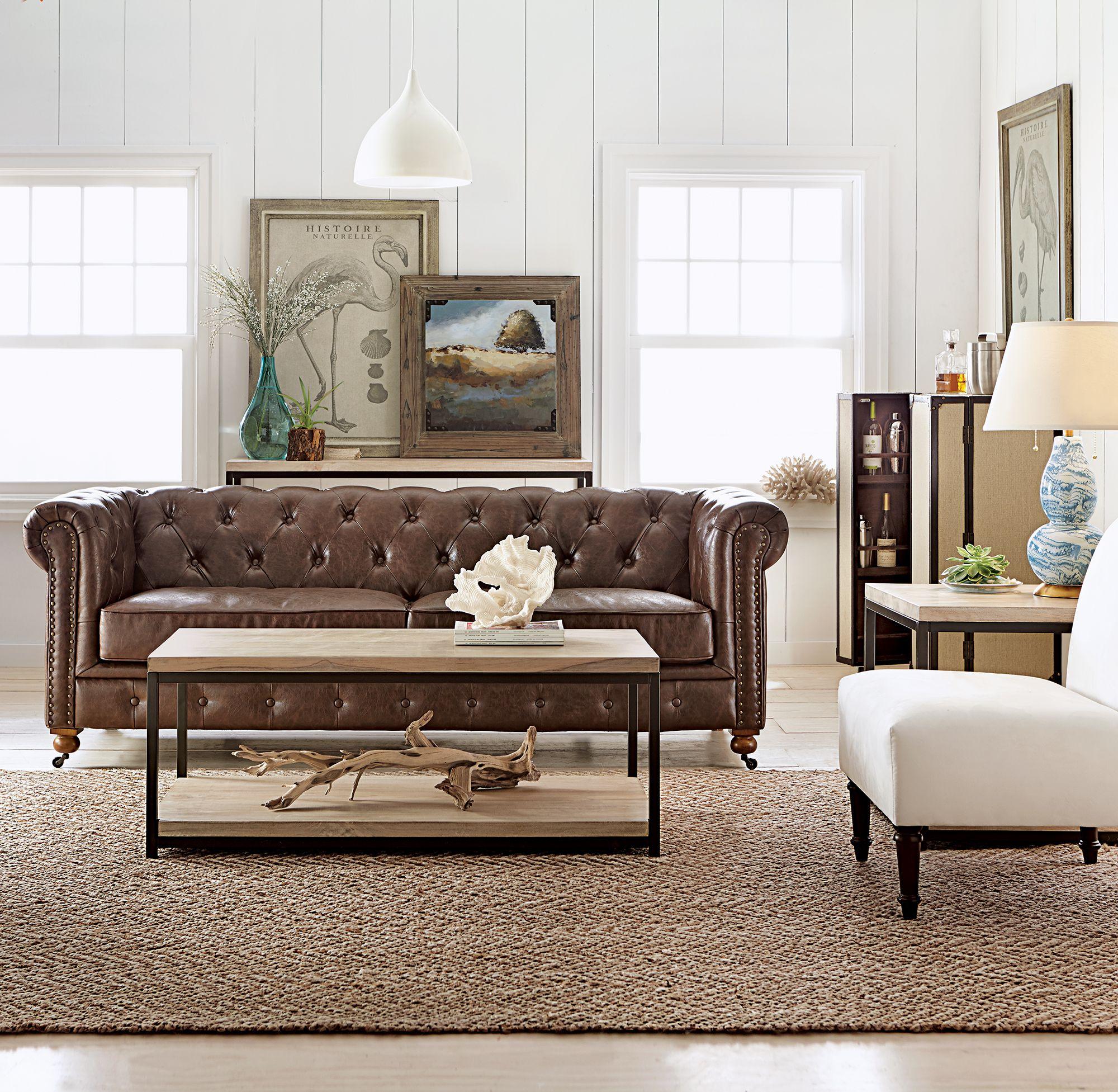 A little coastal vibe in the living room. HomeDecorators.com