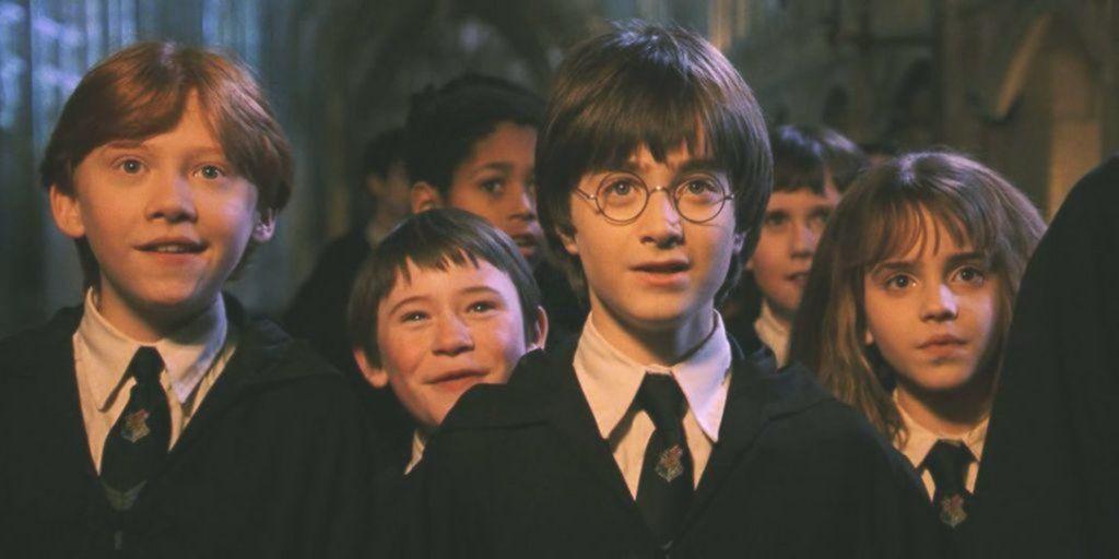 Alle 8 Harry Potter Filme Von Den Schlechtesten Bis Zu Den Besten Einschliesslich Fantastischer Bestien Harry Potter Film Wohnideen Schlafzimmer Leben