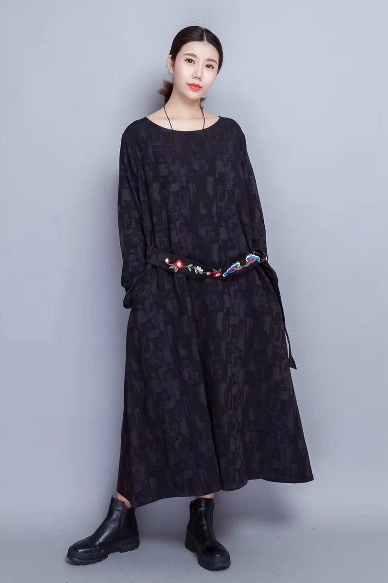 5952a5fcf4f Embroidered Warm Long Sleeve Casual Maxi Dresses Women Clothes in Red Q0805