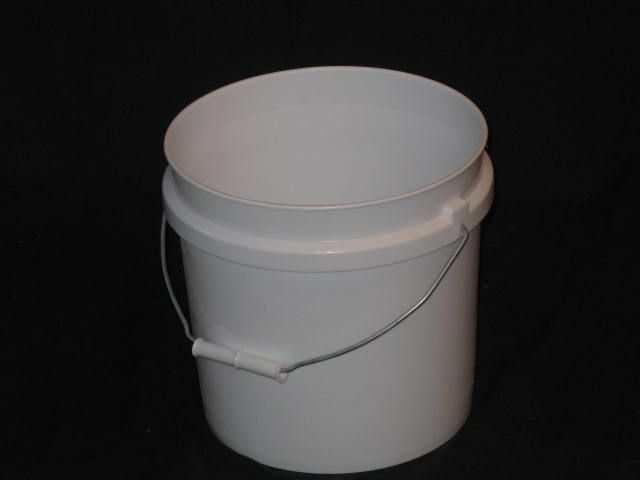 2 Gallon Pail Available Only In White Plastic Buckets Bucket Pail