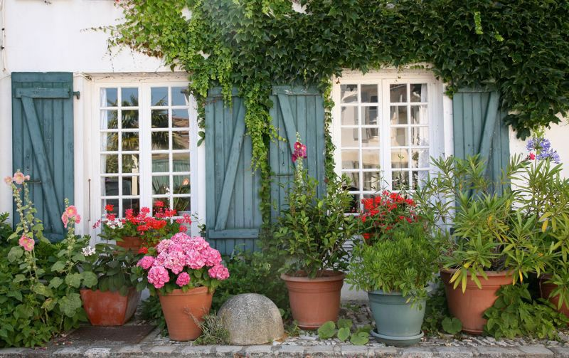 Pin by FlügelStern on Garten Veranda Pinterest Blue shutters