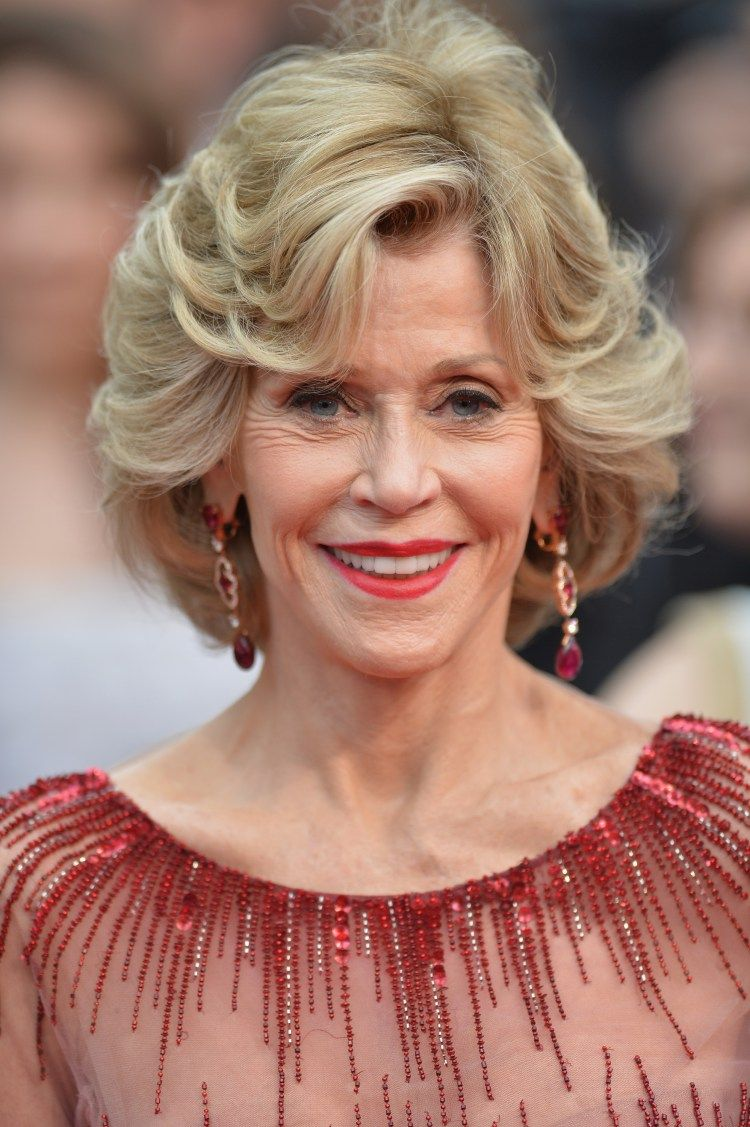 30 Best Jane Fonda Hairstyles Cannes Haircut Styles And Hair Style