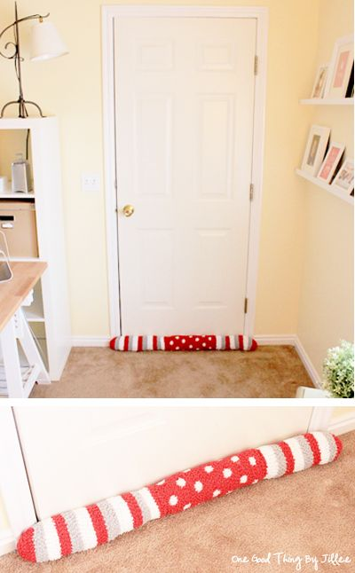 Did you know you lose 5-30% of your homeu0027s heat through drafts? & How To Make A Draft Stopper Out Of Socks | Draft stopper Energy ... pezcame.com