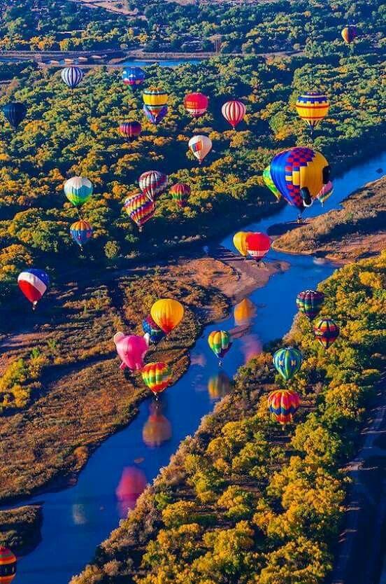 Color's Hot air balloon rides, Hot air balloon, Balloons