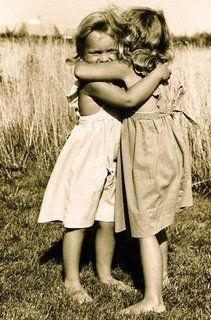 imagens de abraços de amizade - Pesquisa Google