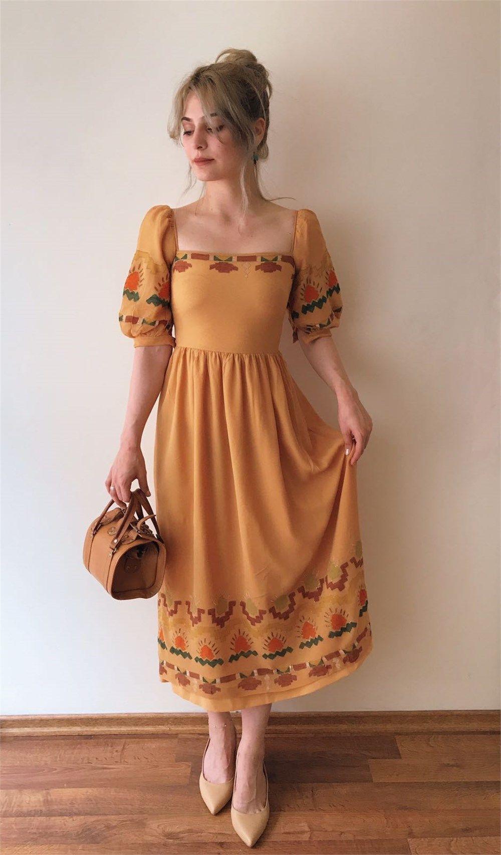 Büyükannemin Sandığı Vintage El Boyama Austrian Elbise Modeli My