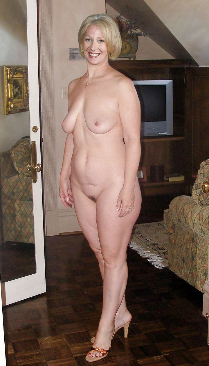 Older beauty nude