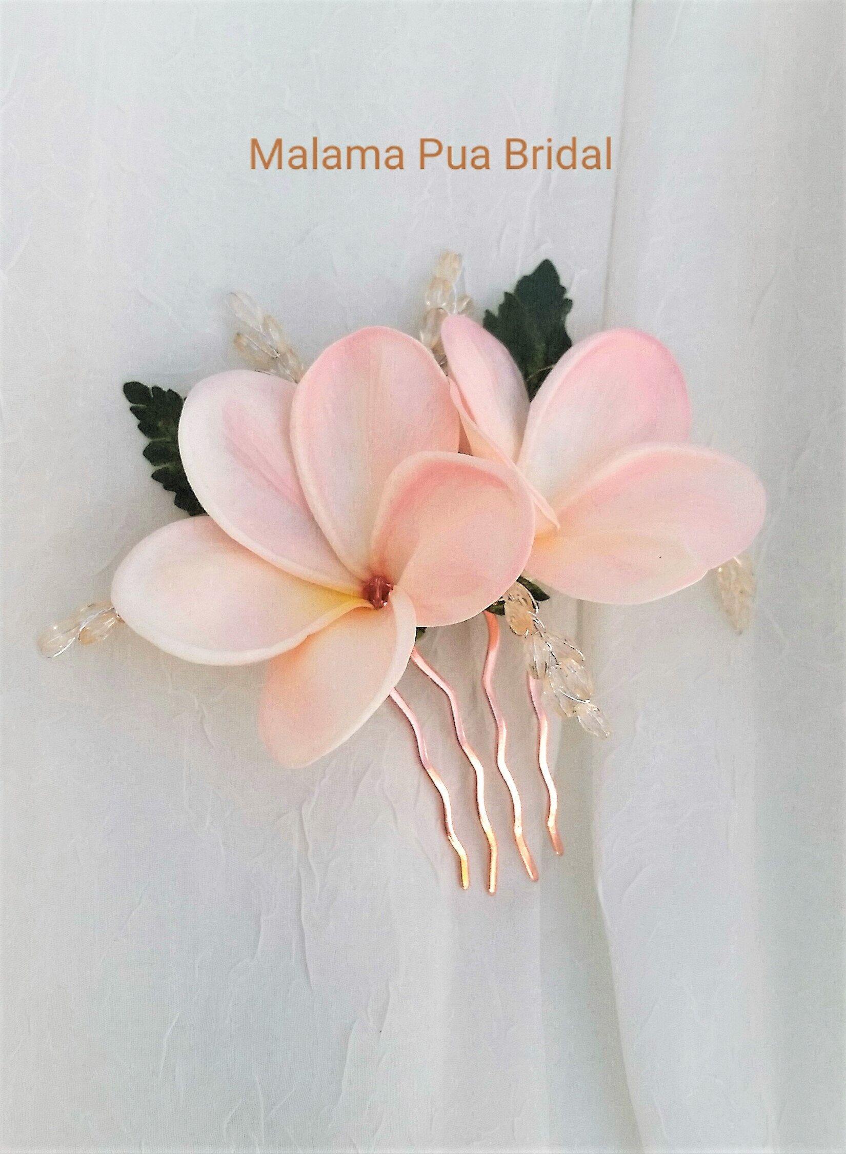 Real Touch Tropical Flower Bridal hair comb accessory Custom hair piece Beach wedding Hawaiian Plumeria /& Lily silk flowers Fascinator