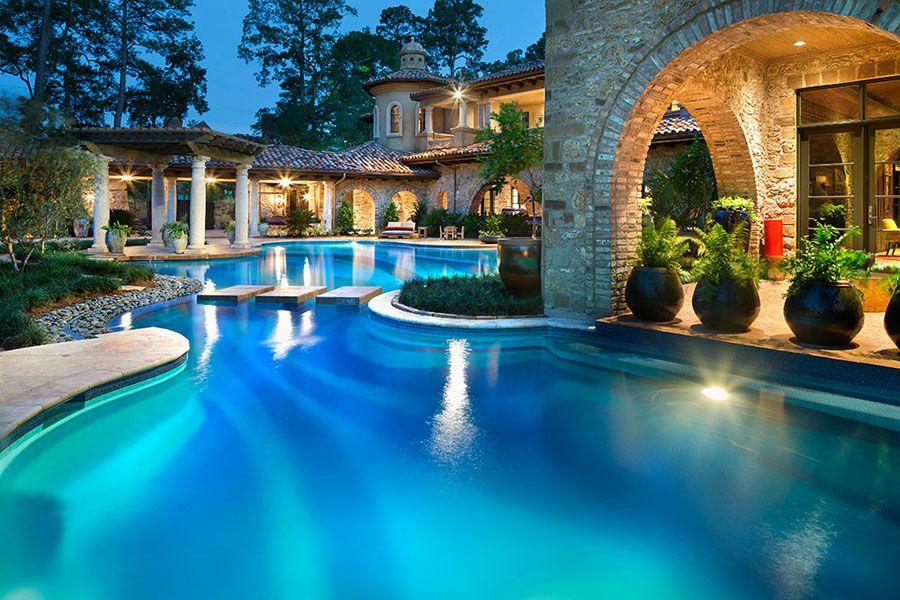 16 spettacolari ville di lusso con piscina house faliro for Ville interni di lusso